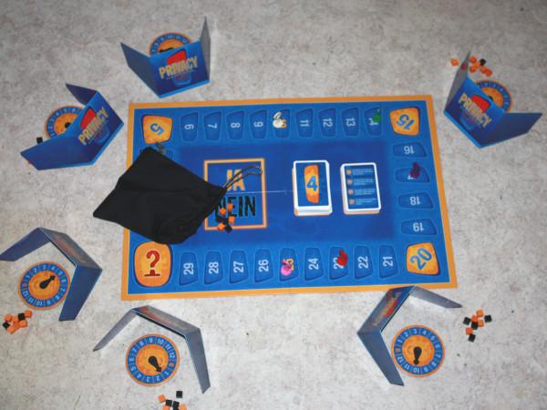 Aufbau Brettspiel Privacy 2