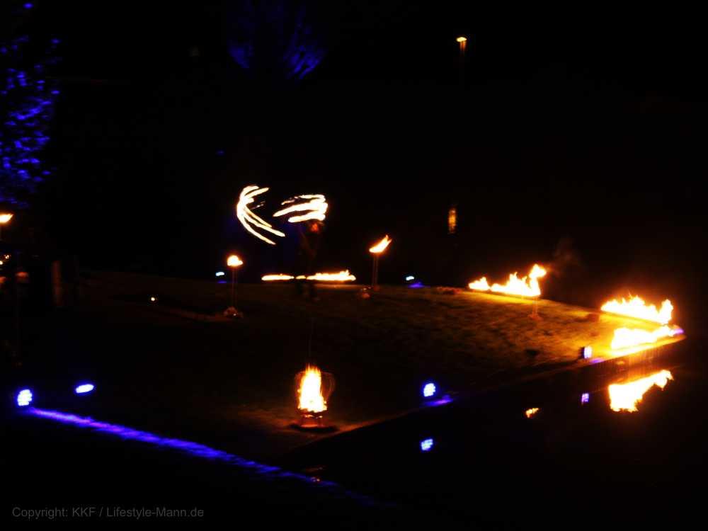 Feuershow Demmin Schwanenteich - zum 30. Jahrestag der Deutschen Wiedervereinigung